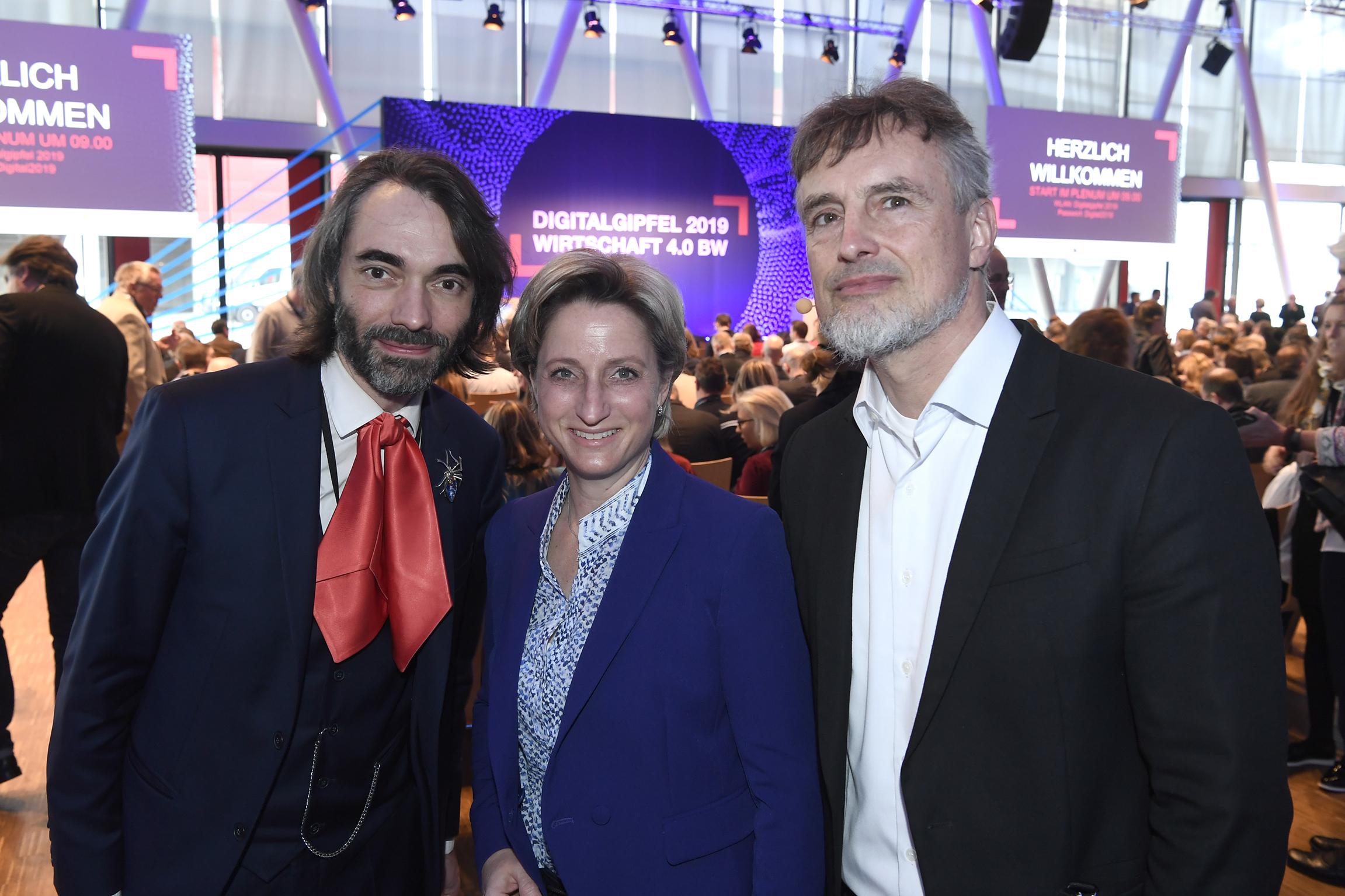 Prof. Dr. Cédric Villani, Dr. Nicole Hoffmeister-Kraut, Prof. Dr. Jürgen Schmidhuber (v.l.n.r.)